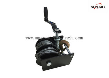 Cina Perpecahan Drum Wire Rope Worm Gear Winch Worm Drive Boat Winch Untuk Trailer / Lifting pabrik